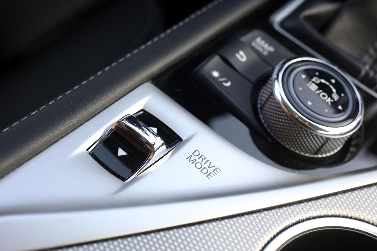 BMW Serie 3 ActiveHybrid contra Infiniti Q50 Hybrid 3.5 AWD