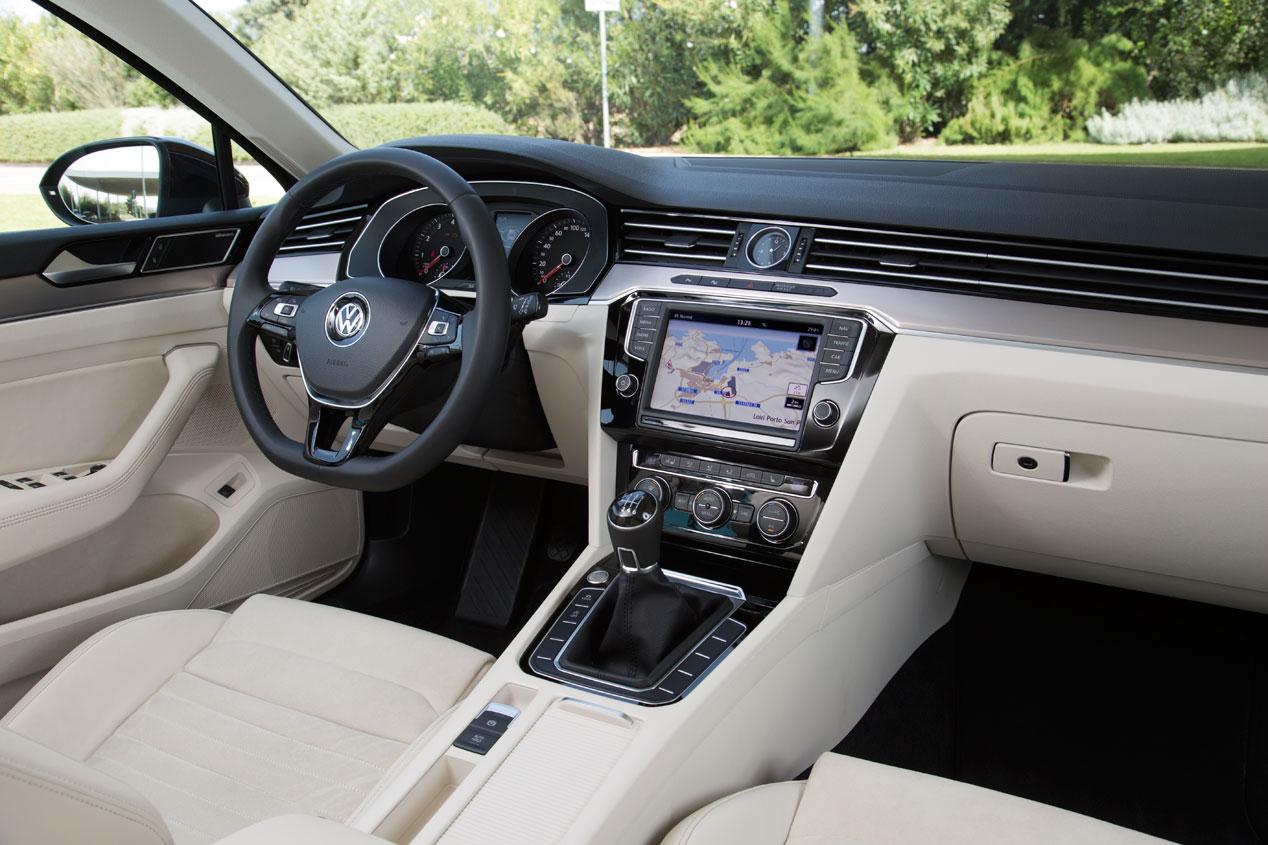 Contacto: Volkswagen Passat Variant, más familiar que nunca