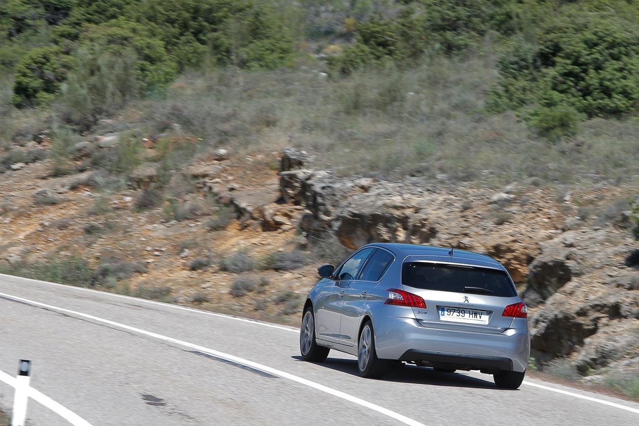 Prueba: Peugeot 308 1.2 E-THP, pequeño gigante