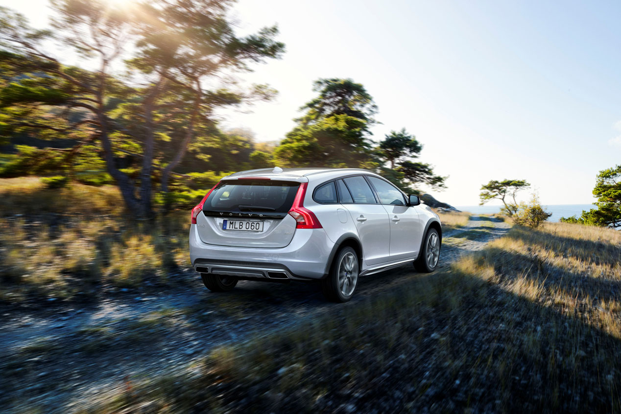 Volvo V60 Cross Country, ¡vamos al campo!