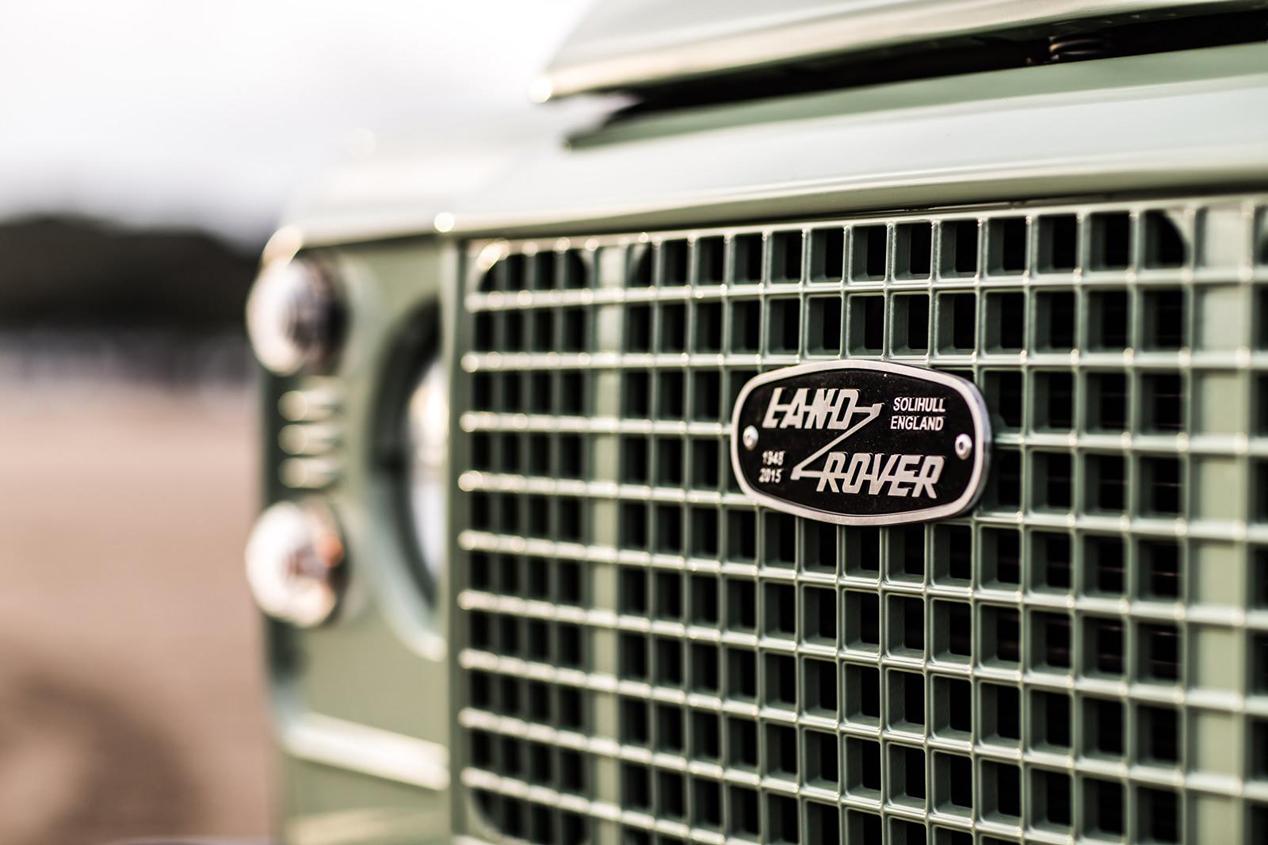 Land Rover Defender Heritage Edition, Adventure Edition y Autobiography Edition
