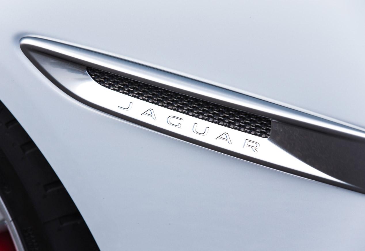 Contacto: nuevo Jaguar XE