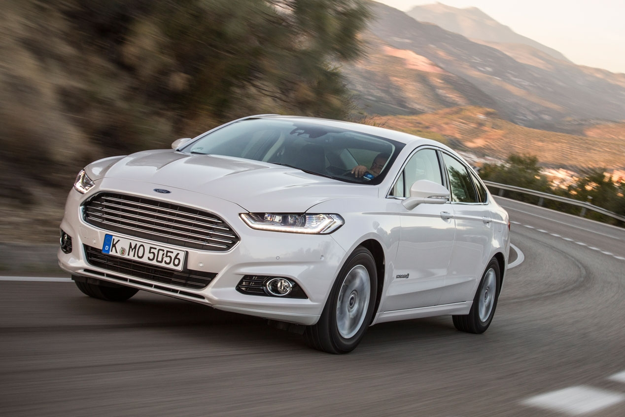 Ford Mondeo, finalista del Car of The Year 2015