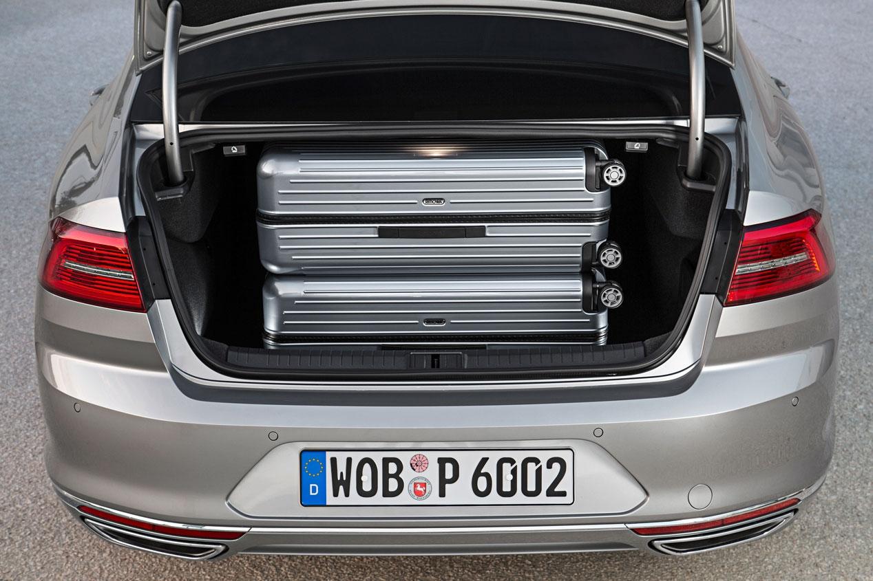 Volkswagen Passat, finalista del Car of The Year 2015