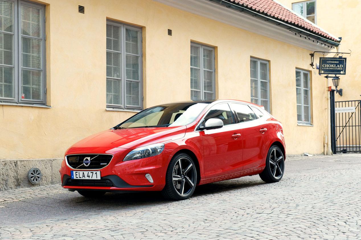 Volvo V40, seguridad y calidad en el asfalto