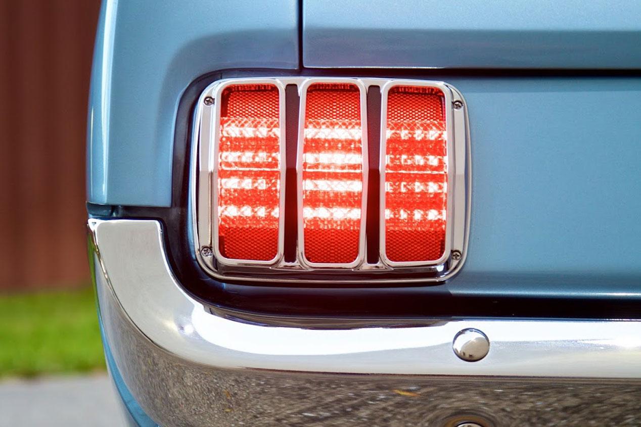 Revology Cars y su Ford Mustang retro-moderno