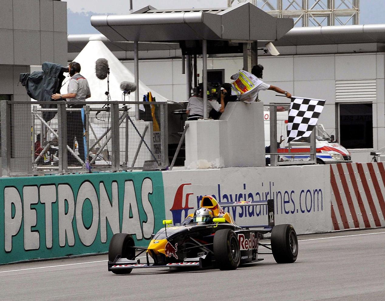 Así fue el debut de Carlos Sainz Jr. en monoplazas en 2010