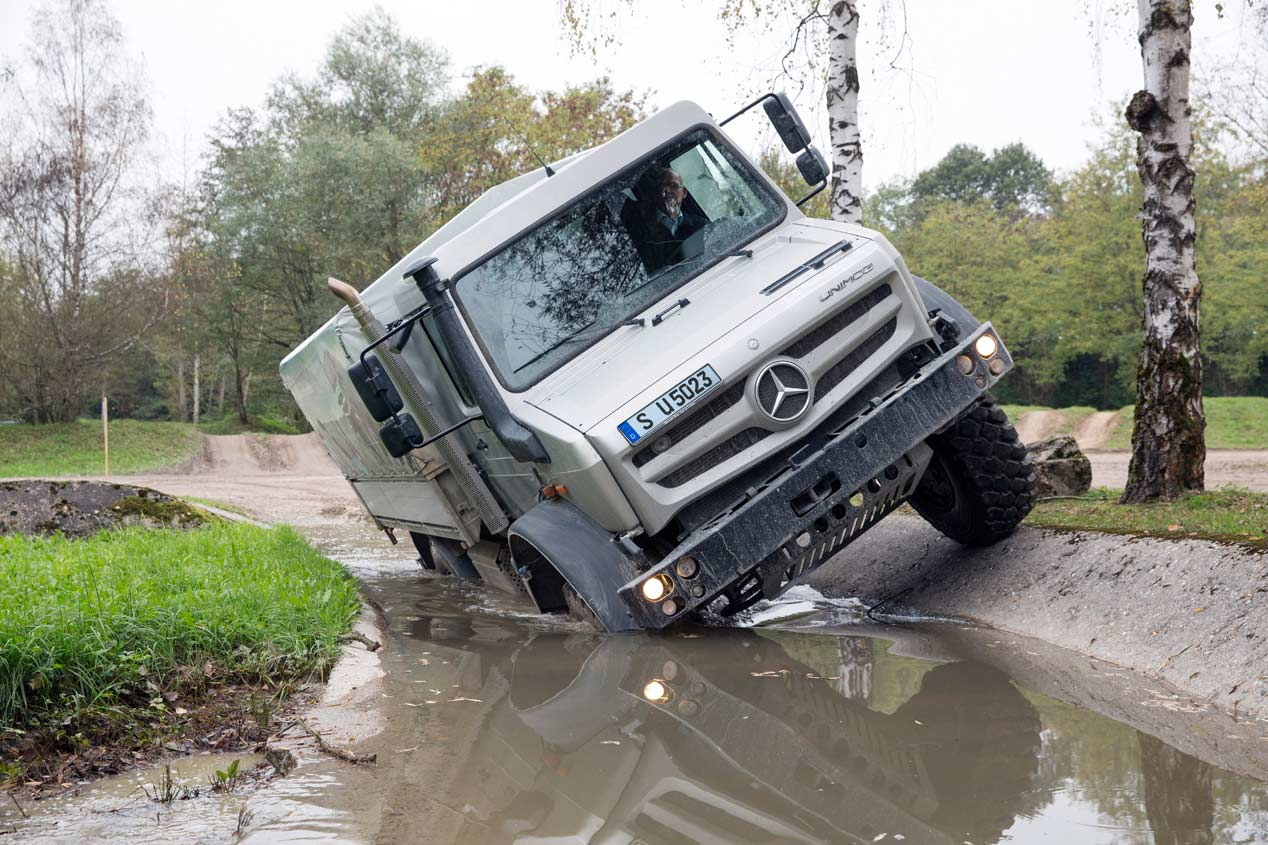 Contacto: Mercedes Unimog