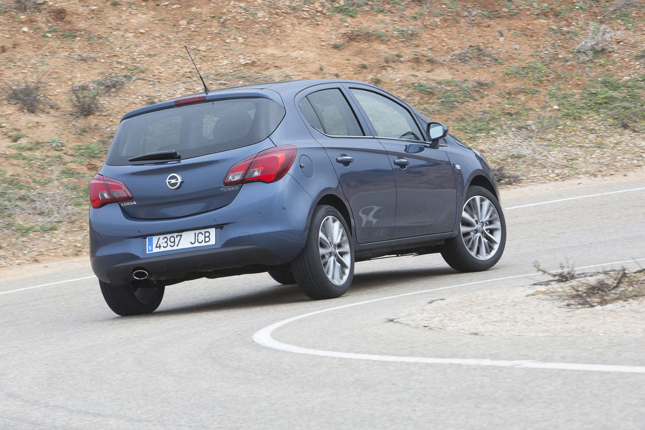Ford Fiesta 1.0 125 CV vs Opel Corsa 1.0T 115 y Skoda Fabia 1.2 TSI 110
