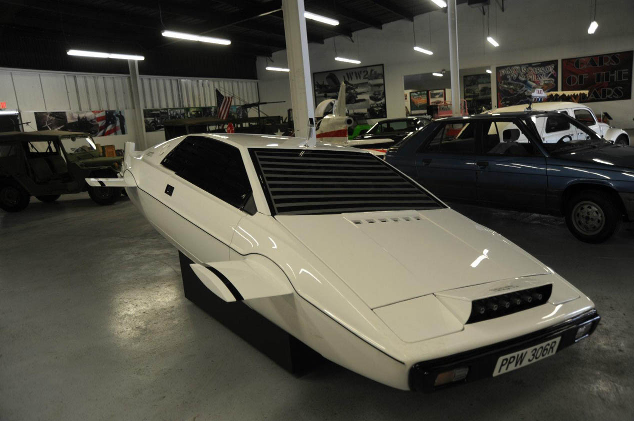 Lotus Esprit submarino de James Bond