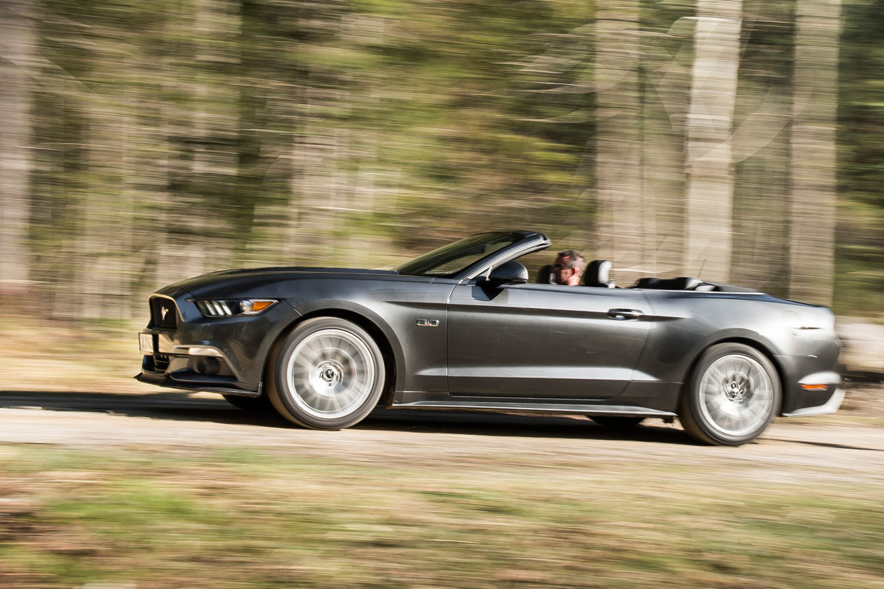 Ford Mustang Convertible 2015