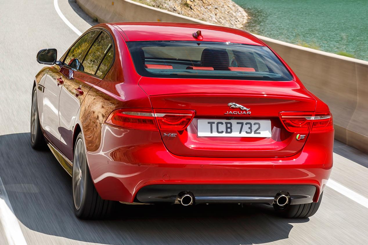 Contacto: Jaguar XE-S 3.0 SC, compacto y deportivo