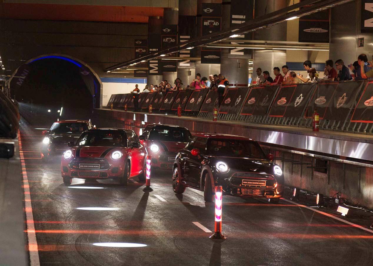 El nuevo Mini JCW invade el Metro de Madrid