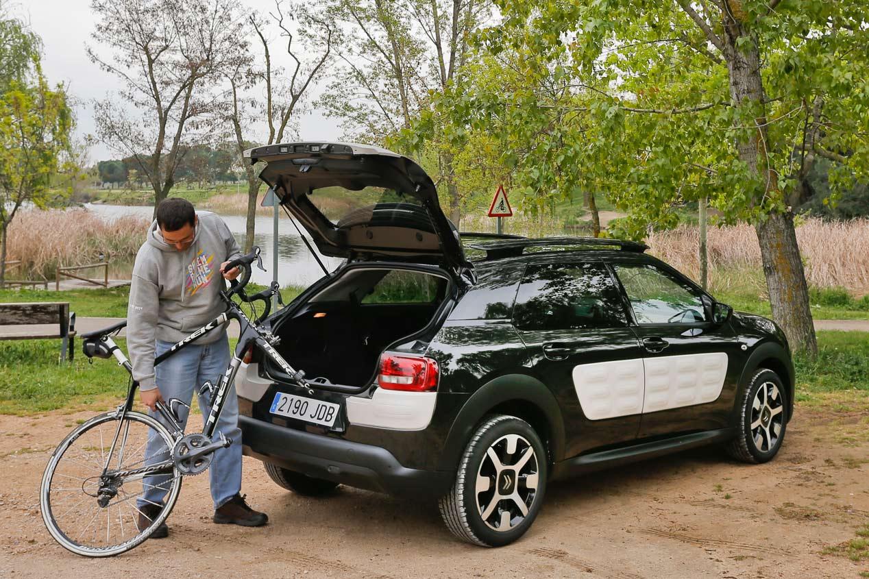 Prueba: Citroën C4 Cactus 1.2 Pure Tech 82 CV , amaestra la ciudad