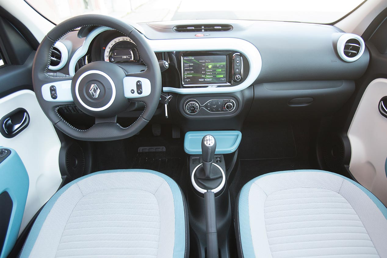 Comparativa: Renault Twingo 1.0 vs Smart Forfour 1.0