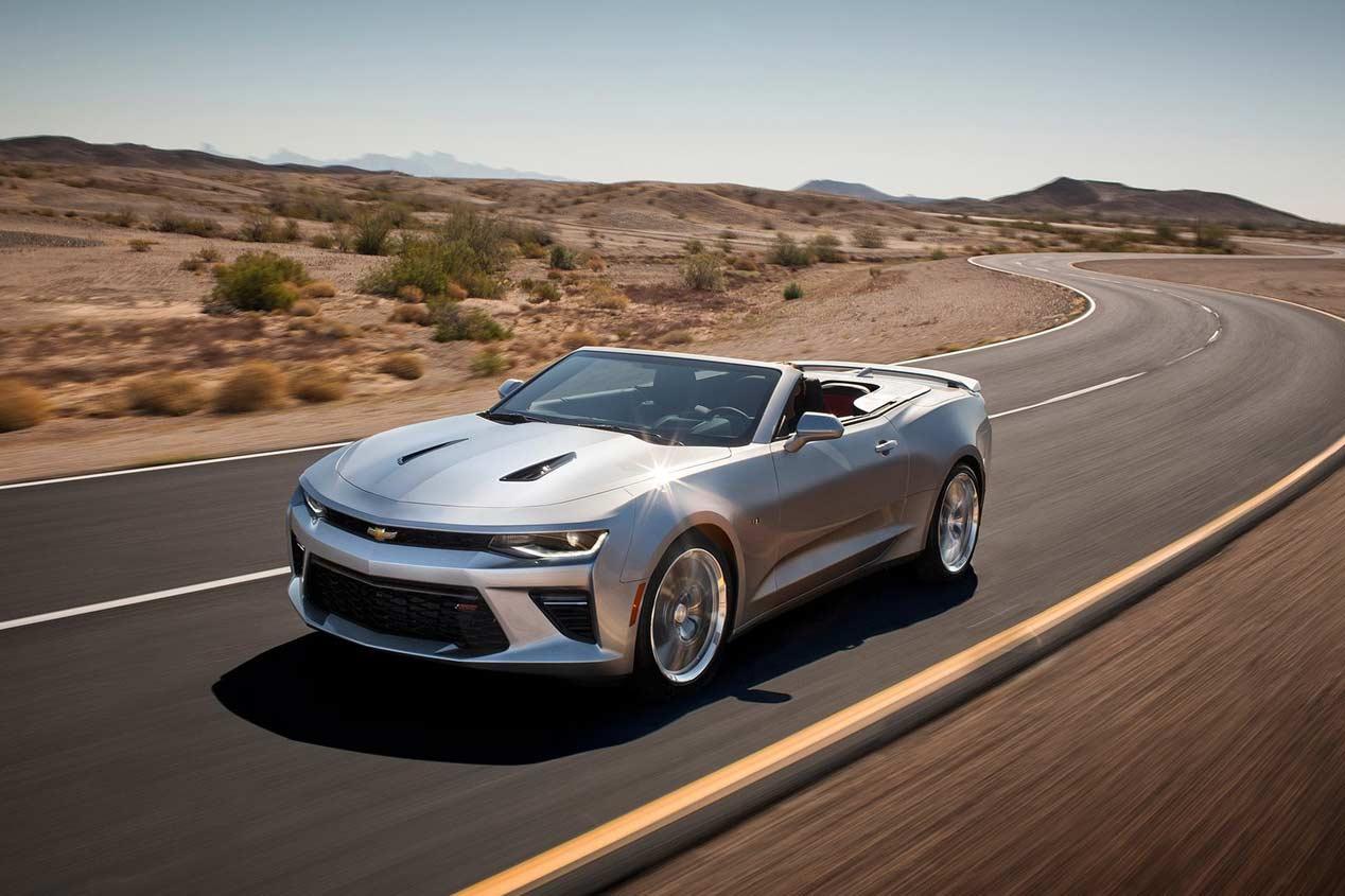 Chevrolet Camaro Convertible 2016, músculo al aire libre