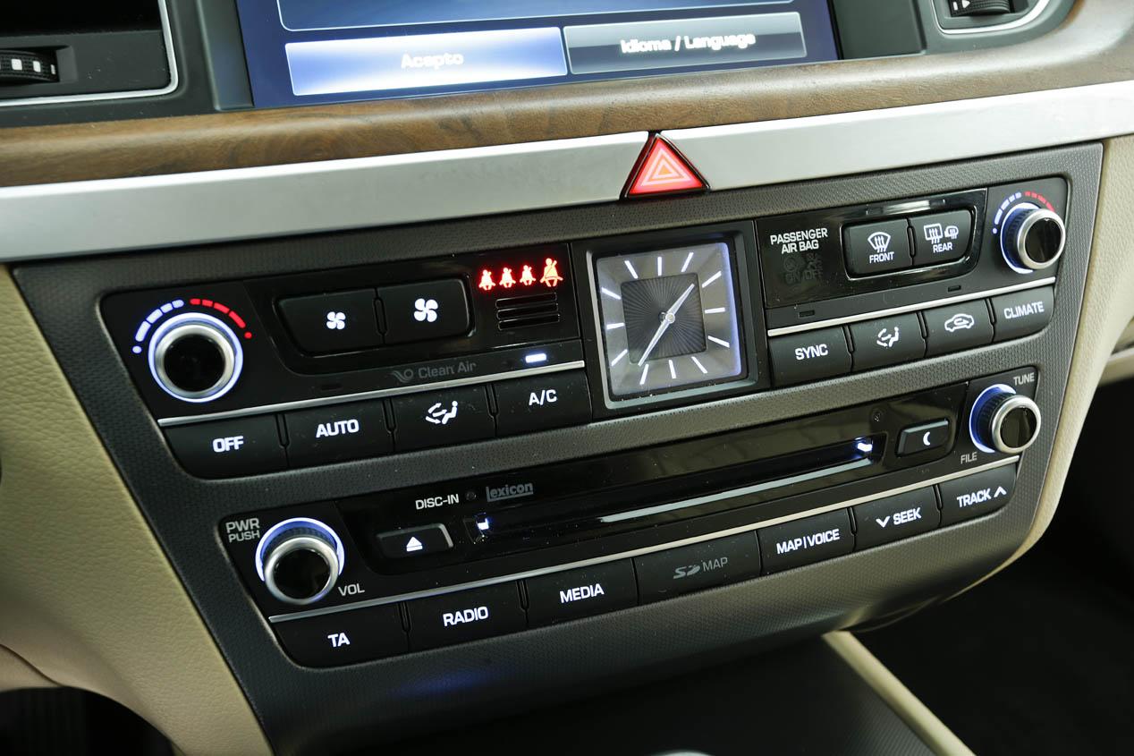Hyundai Genesis Sedán 3.8 GDI V6, 'Lord Confort'