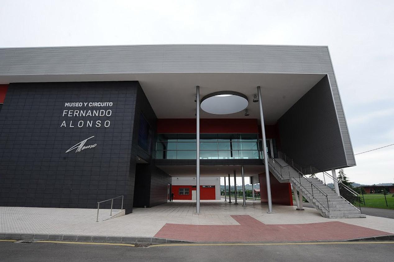 El museo-circuito de Fernando Alonso en Oviedo abre sus puertas