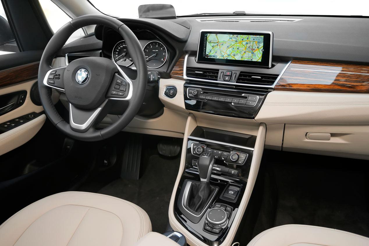 prueba bmw 218d gran tourer los pasajeros primero pruebas de coches. Black Bedroom Furniture Sets. Home Design Ideas