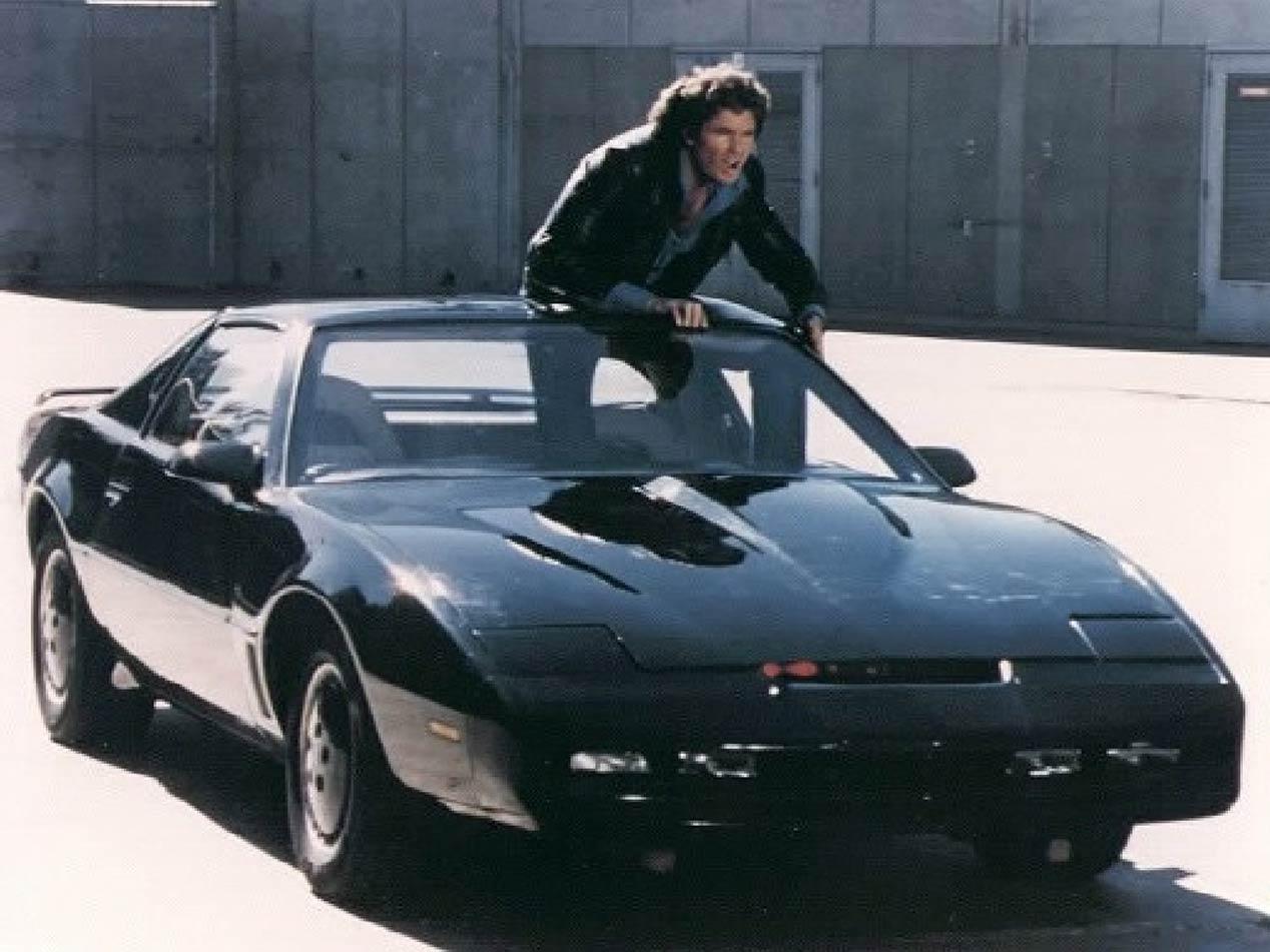Top 5 de cabeceras de series con coches como protagonistas