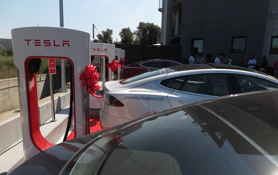 Lo que tienes que saber de los Supercharger de Tesla