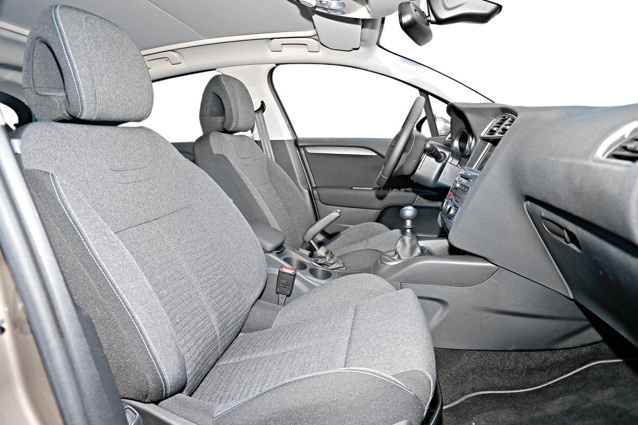 Citroën C4 1.6 BlueHDi vs DS 4 1.6 BlueHDi vs Peugeot 308 1.6 BlueHDI