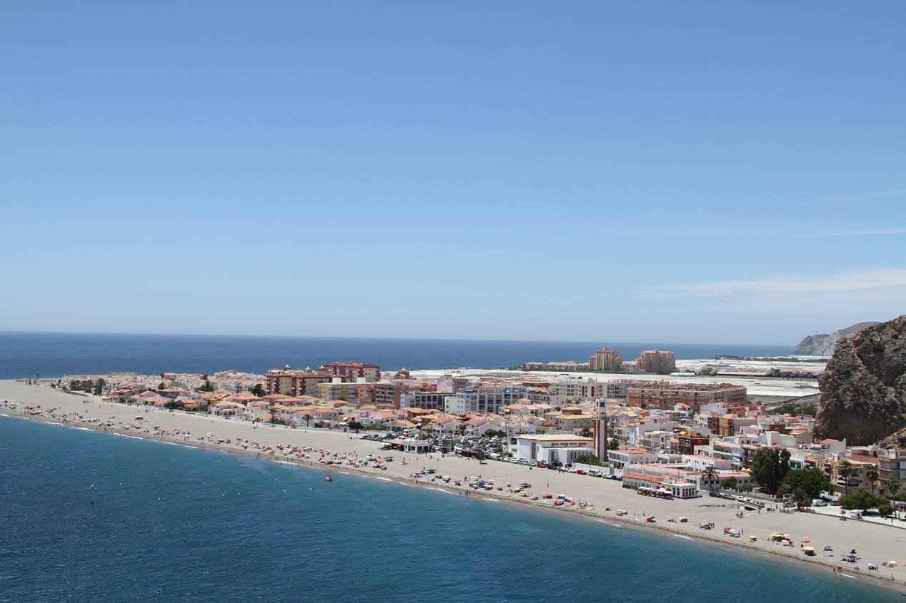 Rutas con el Seat Ibiza: Málaga-Granada
