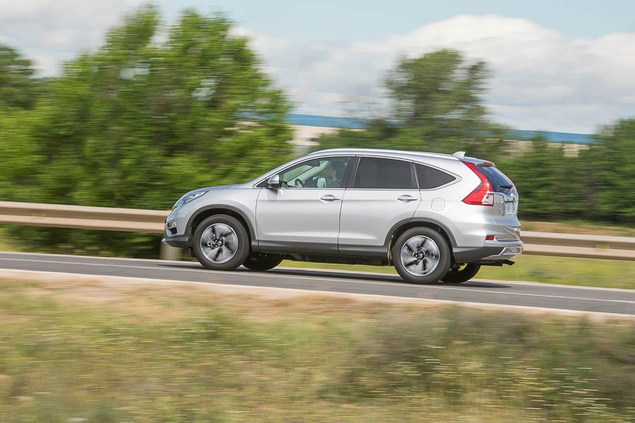 Honda Civic Tourer o Honda CR-V: ¿cuál interesa más?