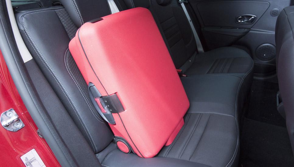 Fixeta, la maleta con Isofix para llevar en el habitáculo