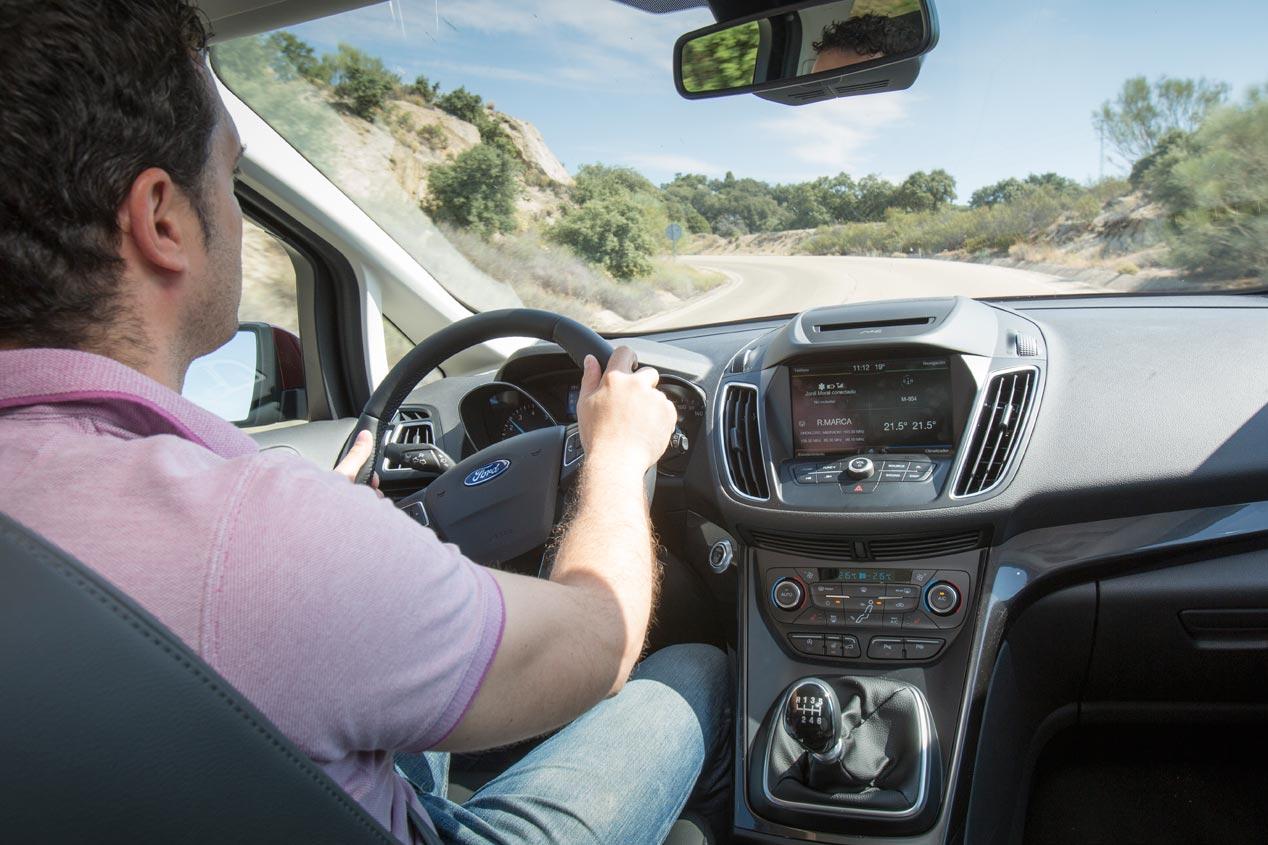 Prueba: Ford C-Max 1.5 Ecoboost, marca de la casa