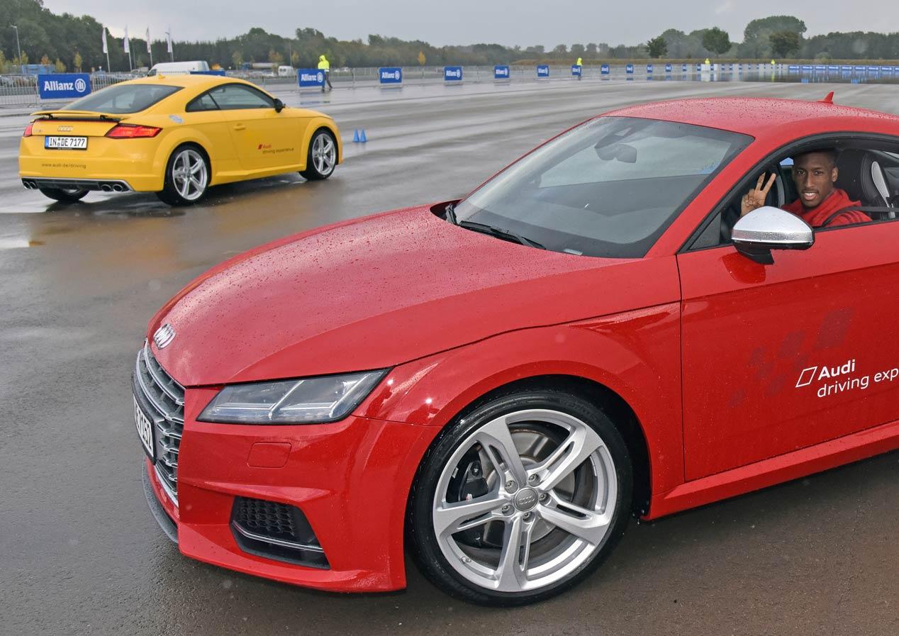 Los nuevos coches Audi para los jugadores del Bayern Münich