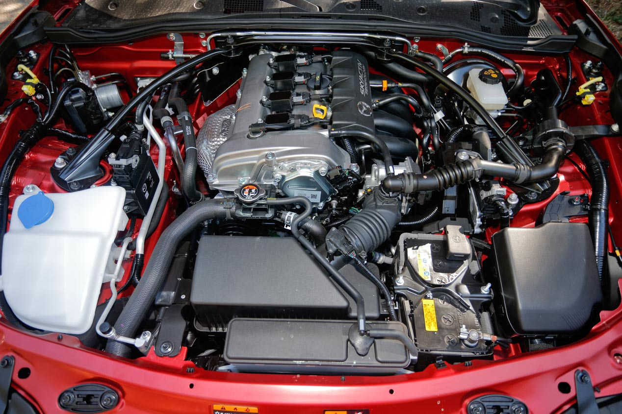 Mazda MX-5 Skyactiv-G, encantador cabrio