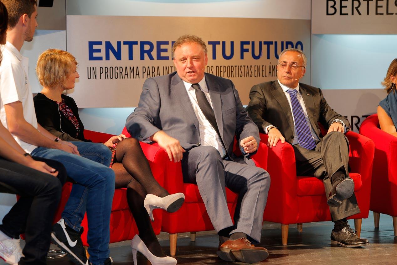 'Entrena tu Futuro' ayuda a deportistas  a que adquieran experiencia profesional