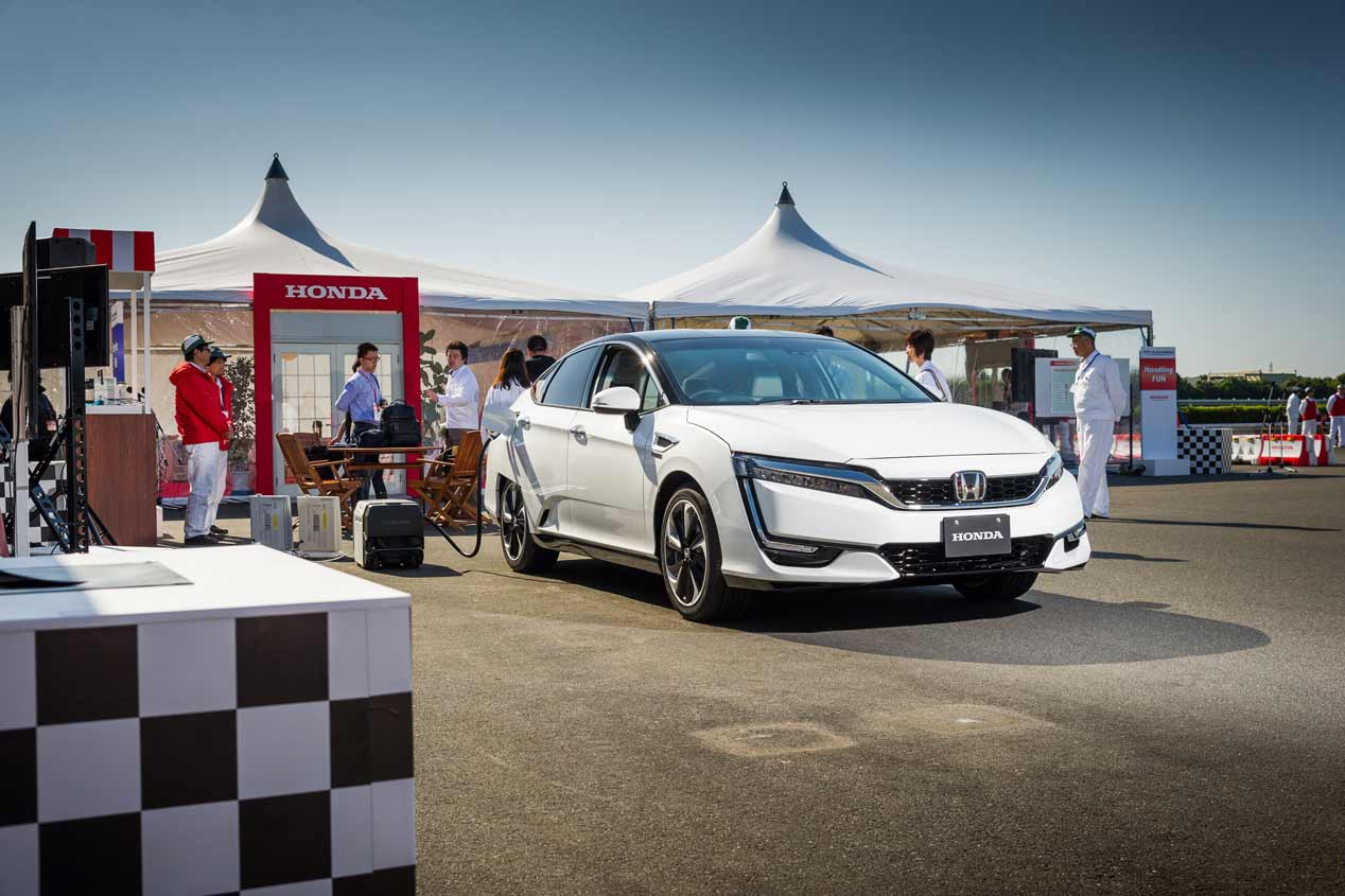 Honda Clarity Fuel Cell, a la venta en 2016