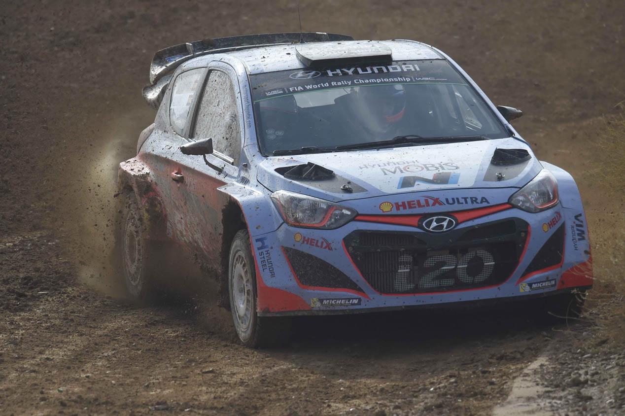 Dani Sordo, entrevista y copilotaje con el Hyundai i20 WRC