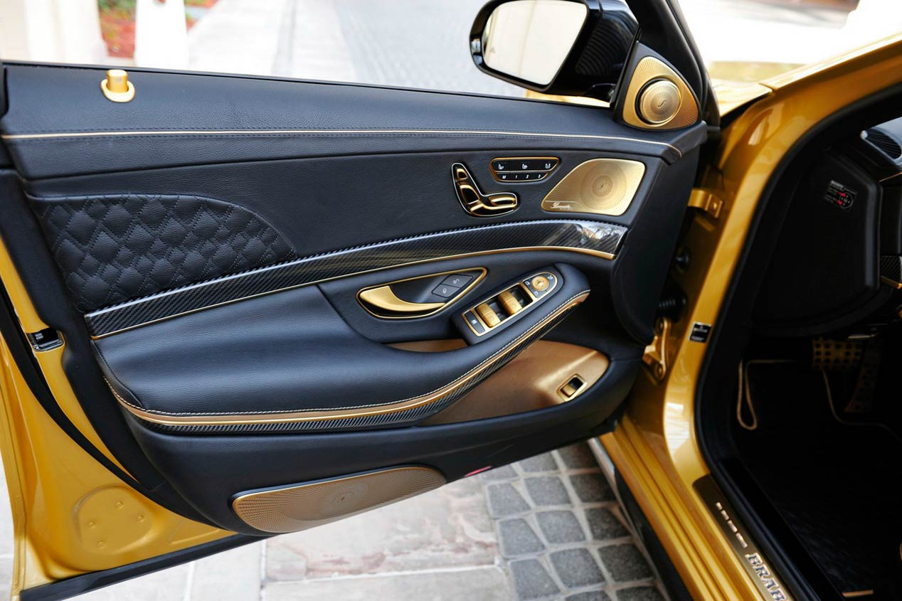 Brabus Rocket 900 Desert Gold Edition, el superdeportivo dorado