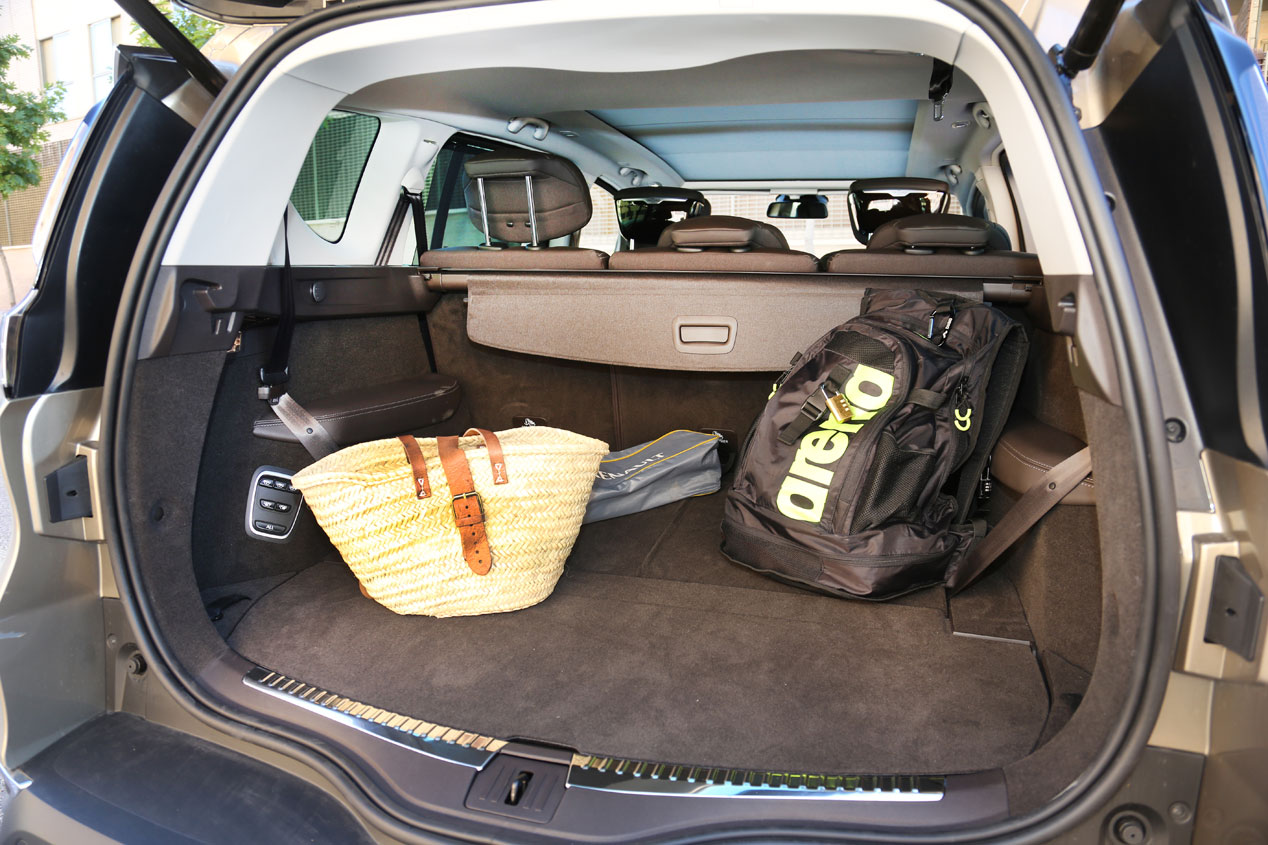 El Renault Espace dCi 160 CV contra el Seat Alhambra TDI 150 CV, batalla monovolumen