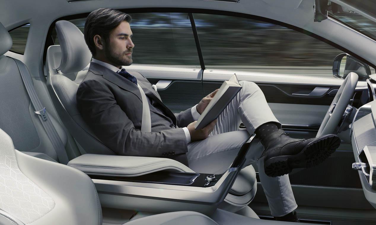 Tecnología aplicada al automóvil en el Connected Expo Car 2015
