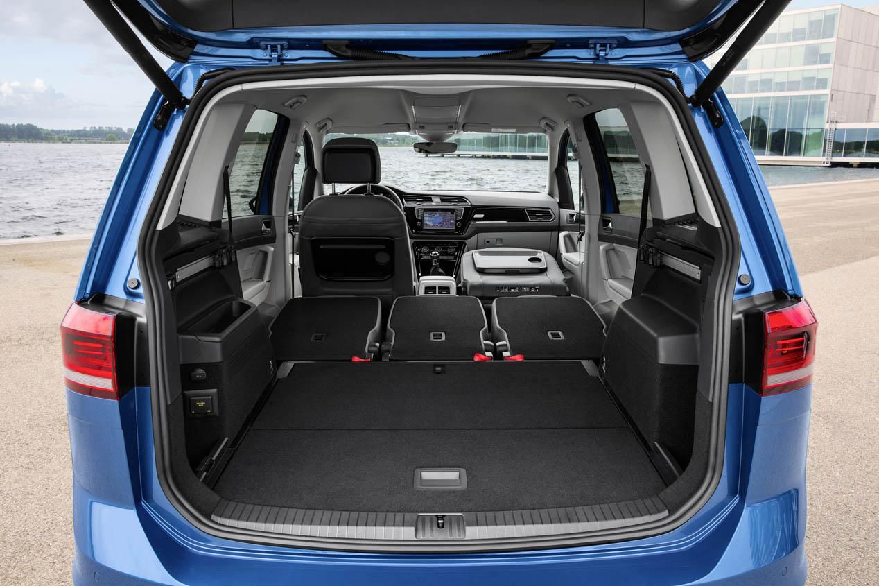Volkswagen touran 2016 cinco razones para comprarlo for Interior touran