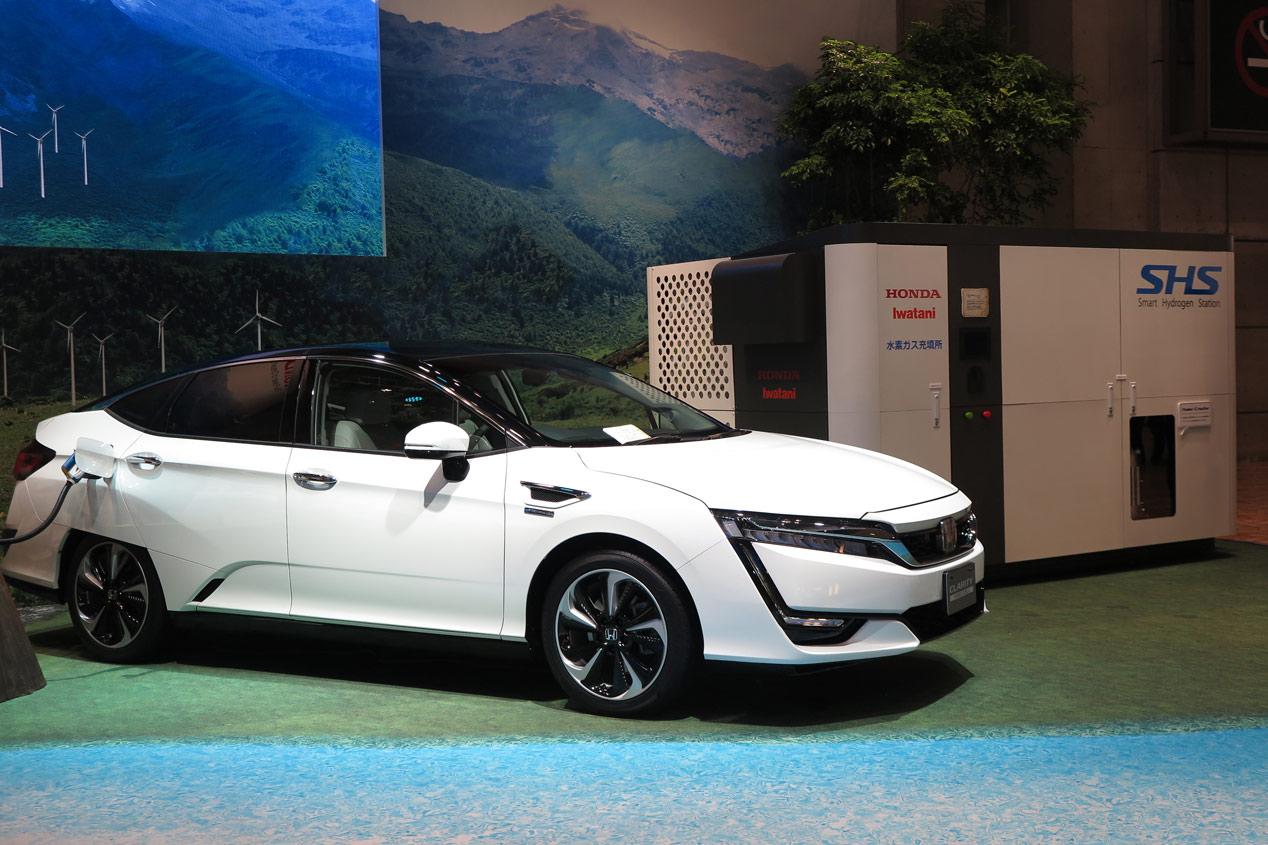 Honda Clarity se hace coche solar