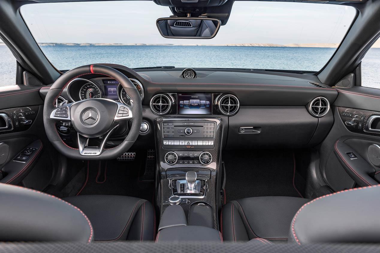 Mercedes–AMG SLC 43 2016, nuevo descapotable con el sello AMG