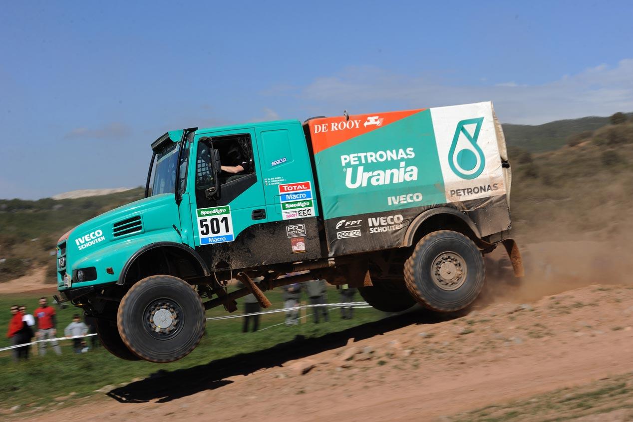 Cómo es un camión del Dakar