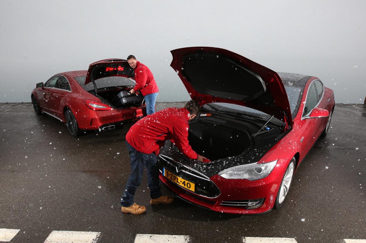 Tesla Model S P85D y Mercedes CLS 63 AMG S: una carrera de aceleración