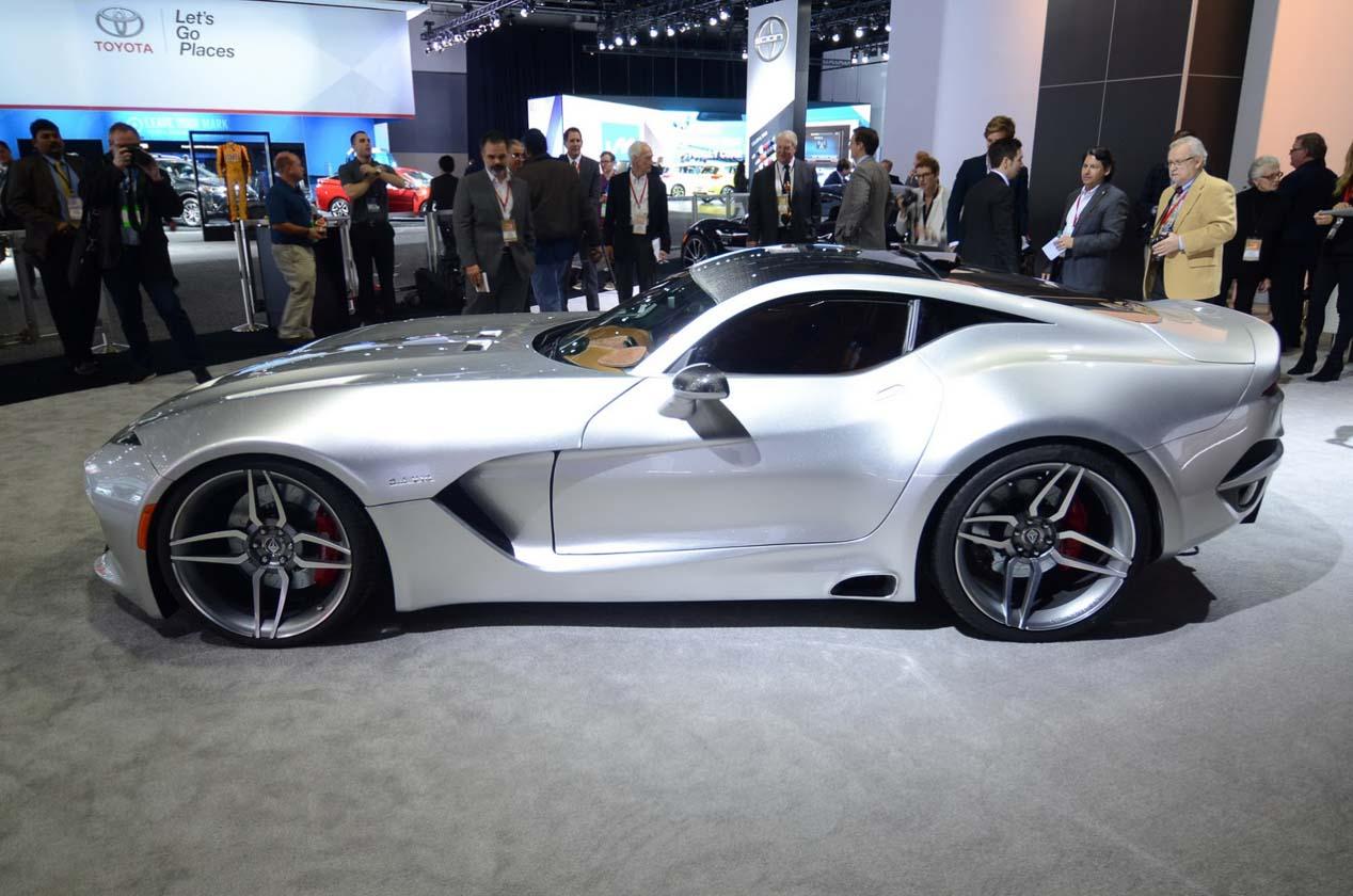 VL Force 1 V10, nuevo súper deportivo de carbono con motor del Viper