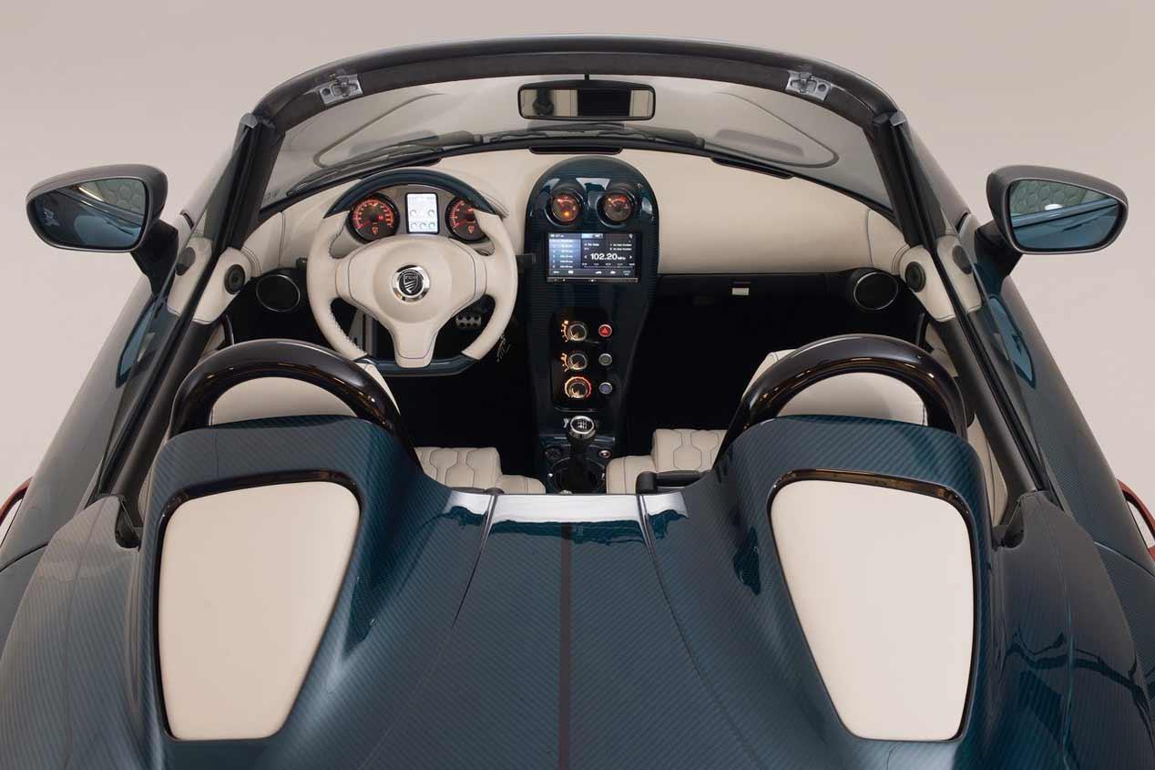 PGO y sus coches vintage en España