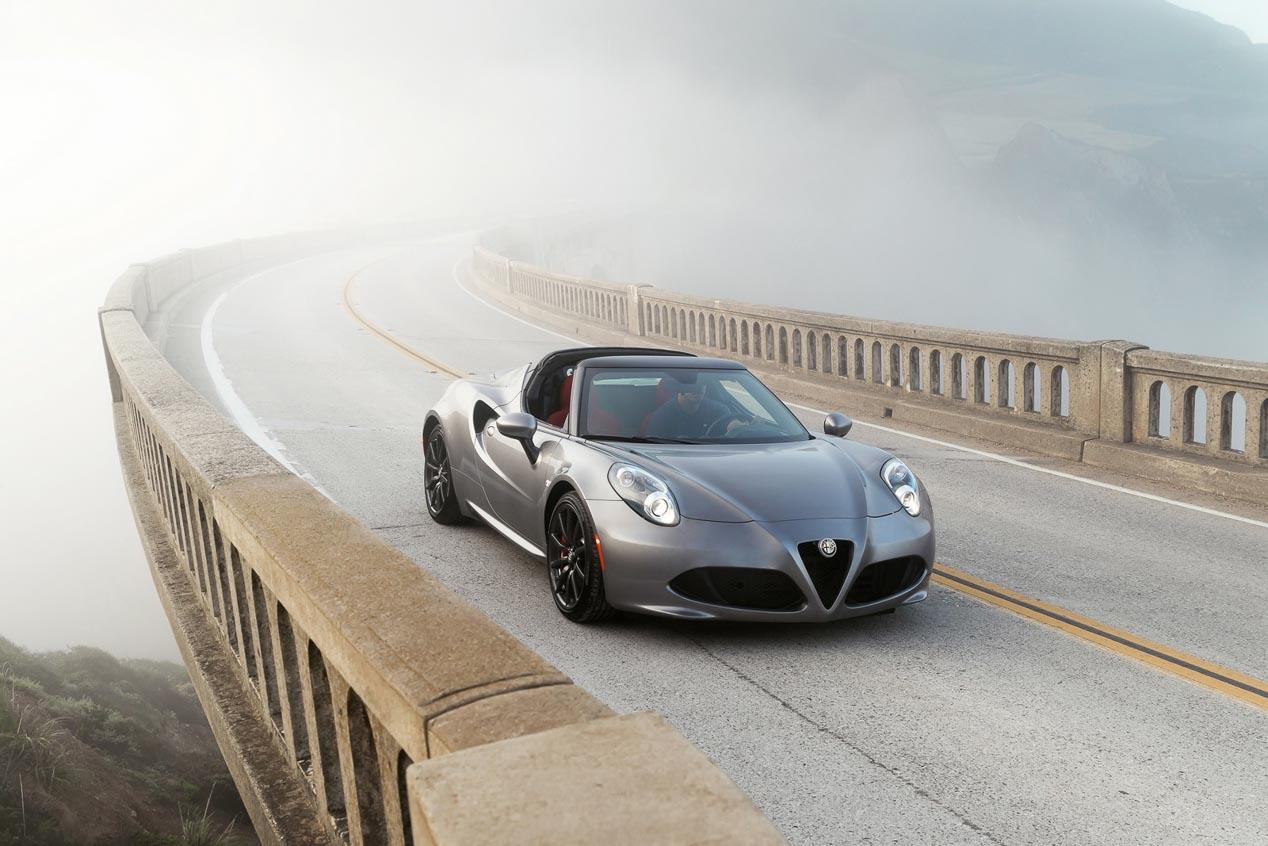 Alfa Romeo 4C y 4C Spider 2016, deportivos más equipados
