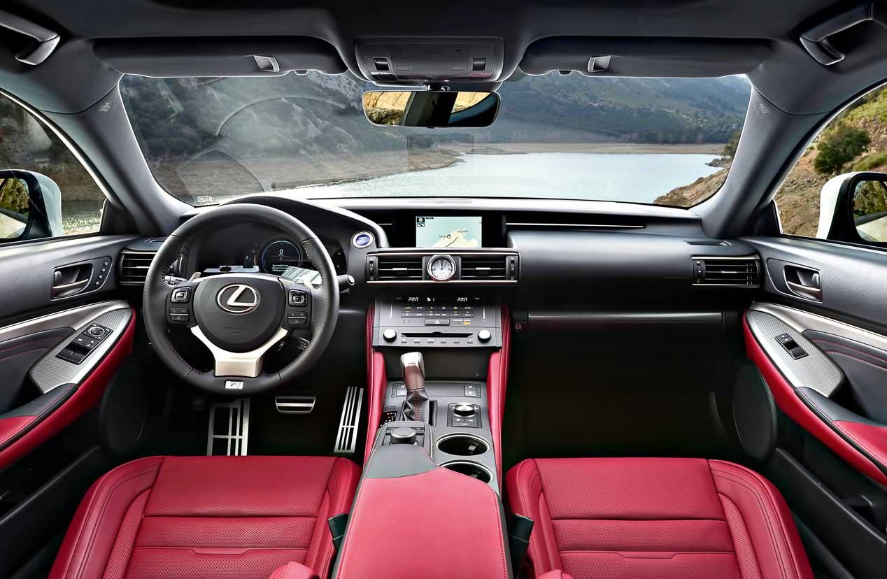 Lexus RC 300h, coupé híbrido de lujo
