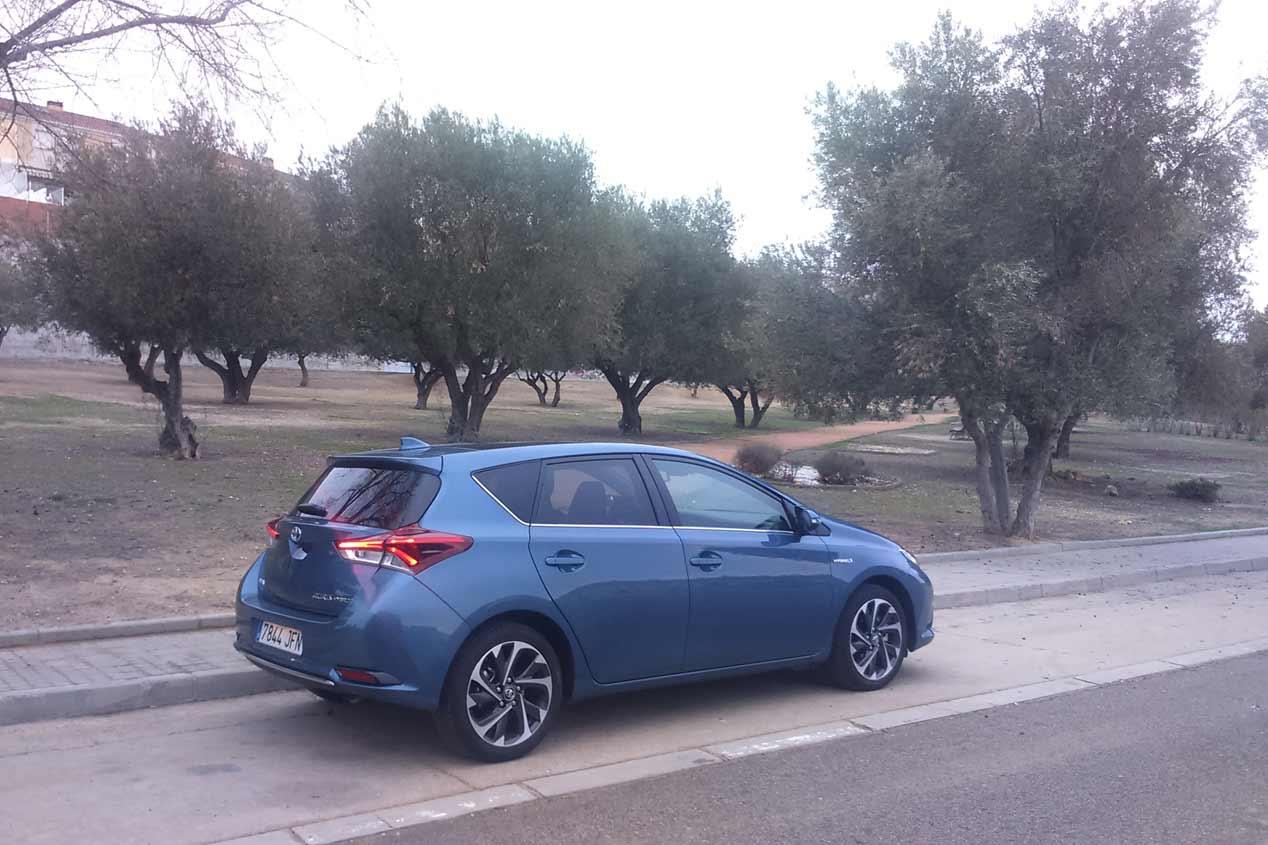 El Toyota Auris híbrido te hace la vida más fácil