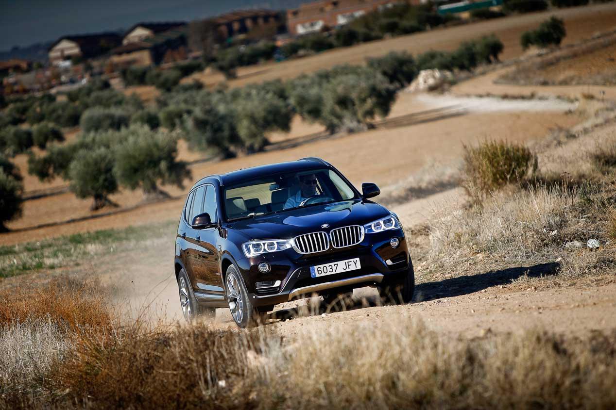 BMW X3 20d 190 xDrive 5p Aut. vs Jeep Cherokee 2.2 MJD-200