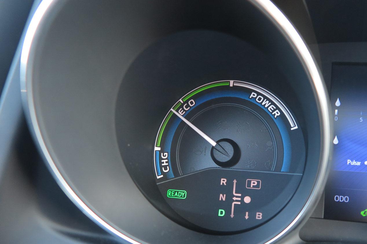 Cómo consumir menos con el Toyota Auris Hybrid
